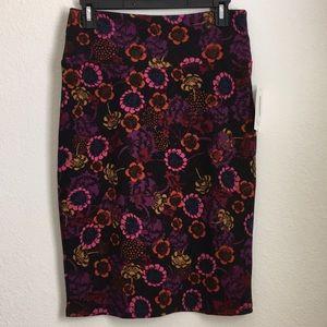 NWT LuLaRoe Cassie Pencil Skirt Size Small Flowers